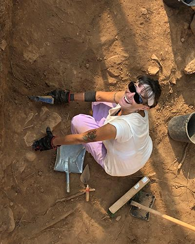 Nicole digging at Tell es Safi