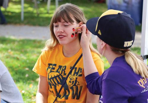 Community Fest featured more than 100 student organizations, community non-profits and Greeley businesses in a celebration of the close ties between UNC and the region. Face painting, entertainment and educational activities draw families and fans before kickoff.
