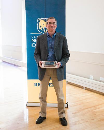 Dr. Mark Eiswerth, 2016 College Scholar Award recipient