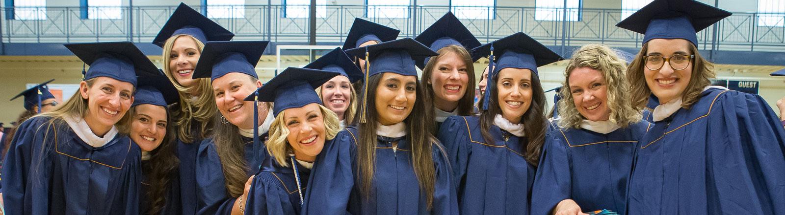 graduate-commenecement