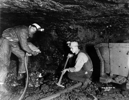 Two Miners In a Coal Mine (1925)