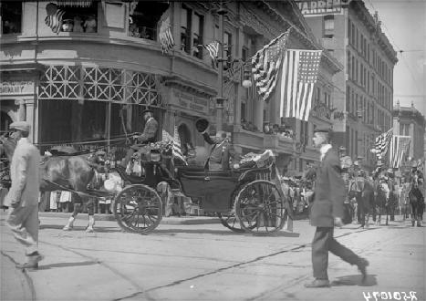 A Barouche In Denver- 1910