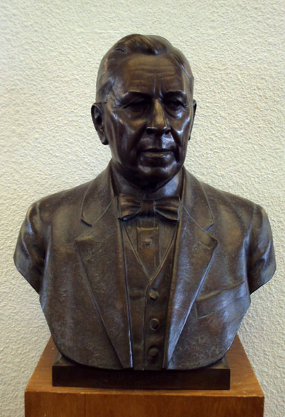 Albert F. Carter, bust